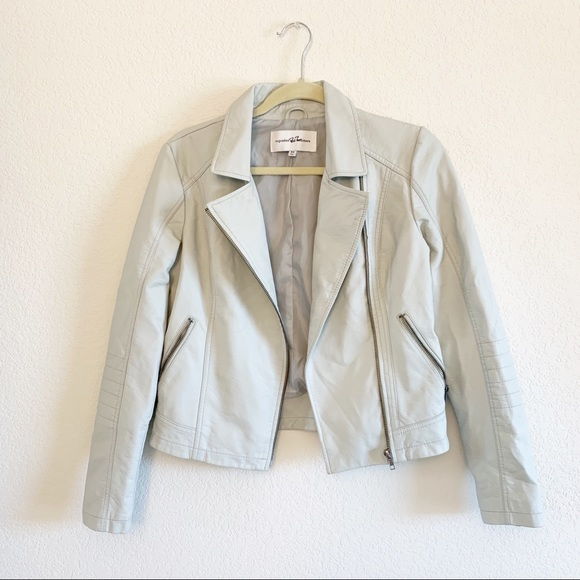 cupcakes and cashmere Womens Buckingham Faux Suede Wrap Jacket